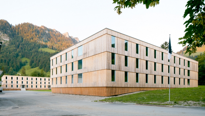 Campus Schwarzsee low